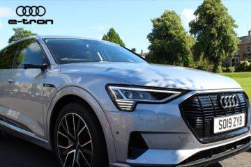 Audi e-tron yan güzgü əvəzi kameralı avtomobil